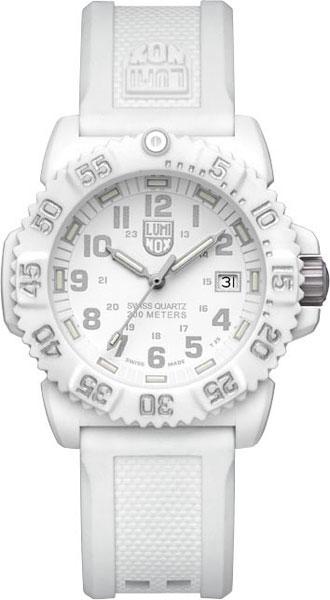 Женские наручные швейцарские часы в коллекции Sea Luminox