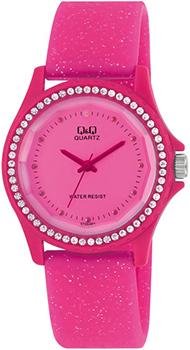 Японские наручные  женские часы Q&Q GT23J003. Коллекция Sports