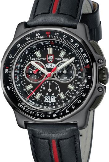 Мужские наручные швейцарские часы в коллекции Air Luminox