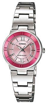 Японские наручные  женские часы Casio LTP-1368D-4A. Коллекция Standard Analog